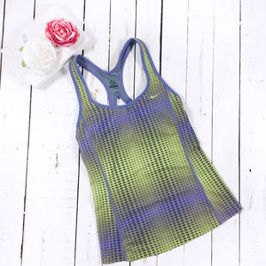 Nike Dri Fit Racer back Tank Top Built in Bra M